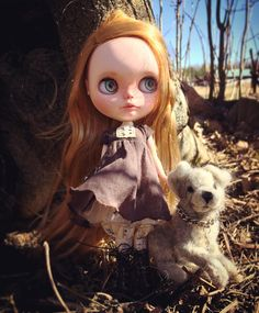 """37 gilla-markeringar, 2 kommentarer - Mu Blythe (@oddblythe) på Instagram: """"I thought I could take some nice outdoor photos today but it's so stormy so I almost had to glue…"""""""