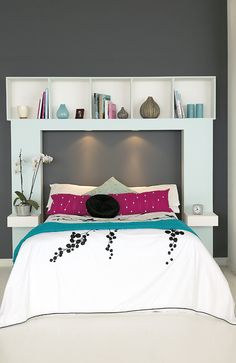 I likey! I may have to attempt to do this, Build a handy headboard