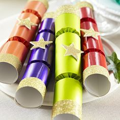 How to make christmas crackers christmas crackers crackers and craft 8 magic trick christmas crackers from lakeland solutioingenieria Choice Image