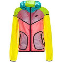NIKE Tech Hyperfuse Windrunner Kapuzenjacke Damen im Ackermann Online Shop Nike Tech Fleece, Raglan, Pullover, Pastel Jacket, Chevron, Sport, Fitness Fashion, Motorcycle Jacket, Adidas Jacket