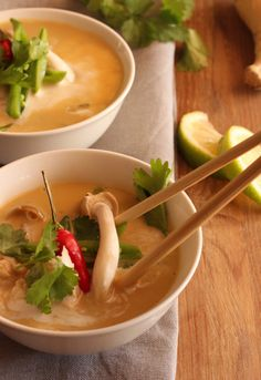 Chicken & Porcini Mushroom Broth, using Nouvelle Dried Porcini! Porcini Mushrooms, Stuffed Mushrooms, Green Zucchini, Mushroom Broth, Thai Red Curry, Glutenfree, Dairy Free, Soup, Healthy Recipes