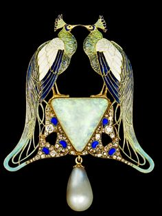 Lalique Pendant: gold/ enamel/ opal/ pearl/ diamonds, 1901 - 'Lalique' stamped on bottom of edge | MMA, NY | The Prodigous Century, The 20th Century - blogspot.com