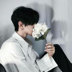 Find images and videos about boy, grunge and aesthetic on We Heart It - the app to get lost in what you love. Korean Boys Ulzzang, Cute Korean Boys, Ulzzang Couple, Korean Men, Asian Boys, Ulzzang Girl, Pretty Boys, Cute Boys, Ullzang Boys