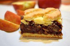 Čakáš návštevu a chceš ich prekvapiť naozaj niečím špeciálnym? Vyskúšaj tento čokoládovo-jablkový mrežovník, ktorý chutí božsky. Hamburger, Tart, Sandwiches, Pie, Ethnic Recipes, Desserts, Food, Cakes, Basket