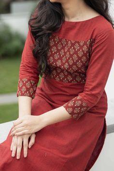 Simple Kurta Designs, New Kurti Designs, Kurta Designs Women, Kurti Designs Party Wear, Salwar Designs, Kurti Sleeves Design, Kurta Neck Design, Sleeves Designs For Dresses, Dress Neck Designs