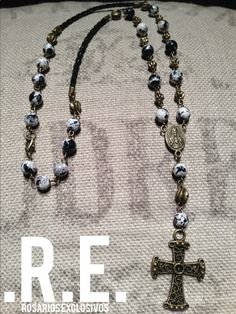 Rosarios Exclusivos/ Exclusive Rosaries/ Hombre/ Mujer/ Men/ Woman/ Unisex/ Rosaries/ Jewelry/ Necklace/ rosariosexclusivos@hotmail.com/ https://www.facebook.com/RosariosExclusivos