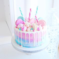 20 ideas for birthday cake girls parties food Cute Cakes, Pretty Cakes, Yummy Cakes, Beautiful Cakes, Amazing Cakes, Stunningly Beautiful, Bolo Drip Cake, Bolo Cake, Drip Cakes
