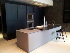 Modulnova kitchen Blade glass showed on the salone del mobile 2013. Great effort!