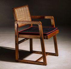 Pierre Jeanneret, Chandigarh, Furniture Inspiration, Furniture Design, Armchairs, Furnitures, University, Chic, Instagram