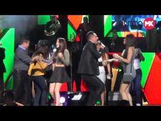Vibra el Auditorio Telmex con La Arrolladora Banda El Limón - YouTube