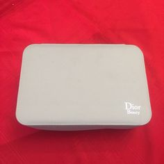 """Dior beauty cosmetic travel bag, 10x3.5x6.5"""" Dior beauty cosmetic travel bag. Off white color Dior Bags Cosmetic Bags & Cases"""