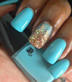 Beyond Beauty Lounge: Lancôme's Aquatic Summer Collection #nailart #turquoisenails