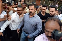 A Free Man #SalmanKhan #bhaijan It's been a year of extreme highs and lows for superstar Salman Khan.  http://www.askme.com/looking-back-on-year-2015/?utm_source=facebook&utm_medium=newyeararticle&utm_campaign=4-01-2016