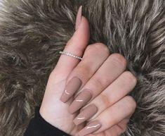 Bild über Inspiration in Nails💅 von Jennifer M. Tan Nails, Aycrlic Nails, Neutral Nails, Hair And Nails, Glitter Nails, Gorgeous Nails, Pretty Nails, Perfect Nails, Heart Nails
