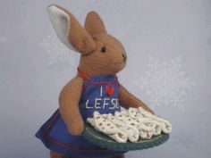 Alice's Animals, little Scandinavian mouse with lefse. So cute I had to pin it!