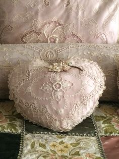 God and Country in Tennessee — clairereling: Lace pillows, heart, on patchwork. Shabby Chic Pillows, Shabby Chic Cottage, Shabby Chic Decor, Lace Pillows, Vintage Crafts, Shabby Vintage, Vintage Lace, Decorative Pillows, Decorative Boxes