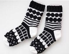 marimekko villasukat / marimekko socks (handmade in finland) Crochet Socks, Knit Or Crochet, Knitting Socks, Knitting Charts, Knitting Patterns, Black And White Socks, Marimekko Fabric, Knit Art, Knit Stockings