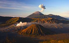 #Bromo, il #vulcano attivo dell'Isola di #Giava  #stunningplaces #volcano #travel #landscapes #viaggi #indonesia