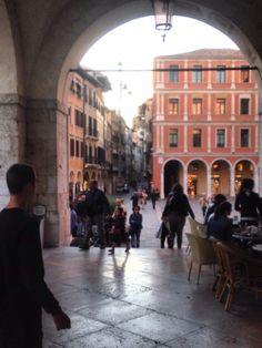 Panorama sulla piazza dei signori e sulla via centrale di Treviso