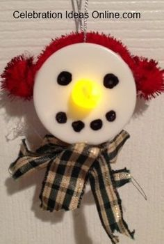 Easy Christmas ornament craft.. make Frosty out of a tealight!