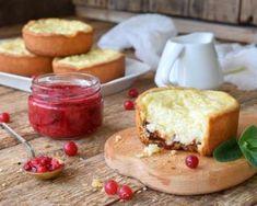 Mini tartelettes au fromage blanc sur lit de confiture : http://www.fourchette-et-bikini.fr/recettes/recettes-minceur/mini-tartelettes-au-fromage-blanc-sur-lit-de-confiture.html-0