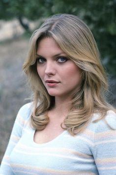 Michelle Pfeiffer before plastic surgery