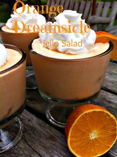 Orange Dreamsicle Jello Salad Recipe. I love this dessert for summer picnics, and backyard get togethers!