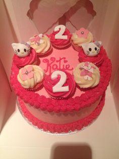 Hello Kitty mini cupcake cake