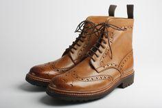 #Men's #wing-tip #boots