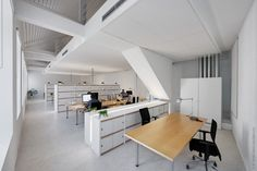 Artau Bureau by Artau Architecture