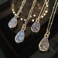 """804 mentions J'aime, 12 commentaires - Bijou Limon Jewelry (@bijou_limon) sur Instagram : """"Druzy Raindrops necklaces BijouLimon.com #druzy #druzynecklace #druzynecklace #wedding…"""""""
