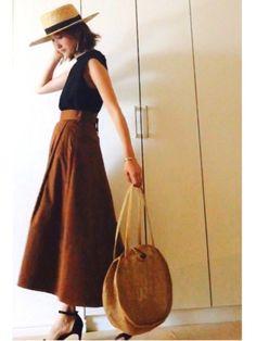 見ていただきありがとうございます✨ ブラウンのチノスカートの着回しコーデ😊 Mom Daughter, Weekend Style, Skirts, Summer, How To Wear, Fashion, Fashion Styles, Summer Recipes, Skirt