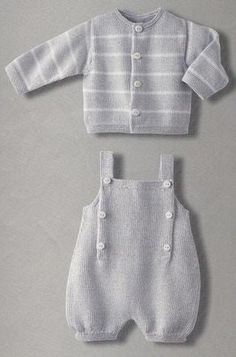 Baby Knitting Patterns Boy Adorable knitted cardigan and overalls - I wish the English translation (or my k. Baby Boy Knitting Patterns, Knitting For Kids, Baby Patterns, Crochet Patterns, Knitted Baby Clothes, Knitted Romper, Layette Pattern, Pull Bebe, Baby Pants