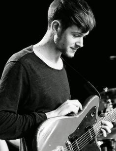 Adam Hann is the best guitarist there is ; Okay Bye, Matty Healy, Best Guitarist, The 1975, Save My Life, Japanese House, Criminal Minds, How To Get Money, Your Photos