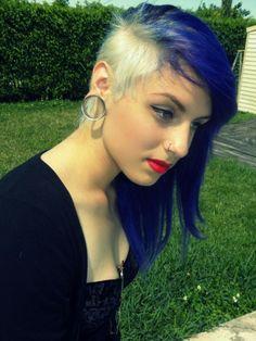 royal blue and blonde asymmetric hair