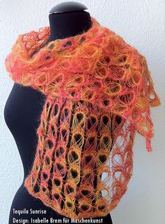 I need to try broomstick lace. Can't wait to wear it Broomstick Lace Crochet, Hairpin Lace Crochet, Crochet Motif, Crochet Shawl, Knit Crochet, Crochet Edgings, Freeform Crochet, Crochet Tops, Knitted Shawls