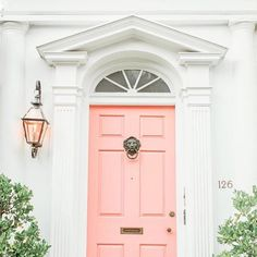 Southern house inspiration *sigh* #PinterestFind #Colonial #SouthernHomes