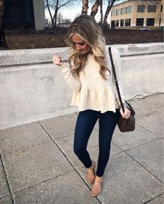 Out to dinner in the cutest peplum sweater It feels like a sweatshirt (win!) and also comes in the most beautiful lavender! Get the…