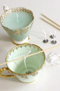 @Becky Hui Chan Hui Chan Hui Chan Faubion Simmons Another idea for your Grandma's dishes. Teacup Candles