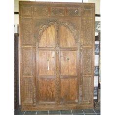 Trés grande porte indienne arche