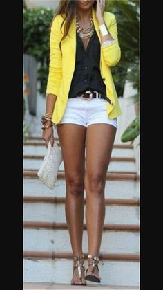 yellow blazer n white shorts! Yes!