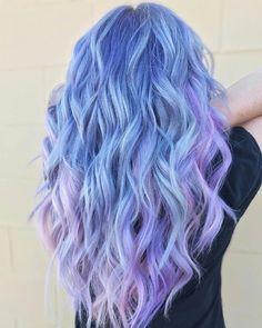Escala de celeste a violeta