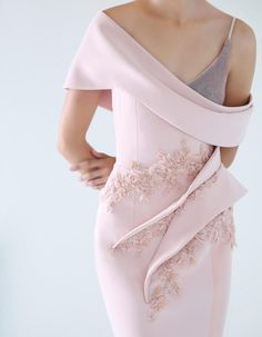RACHMANINOFF Pink crepe fishtail dress, with sculptural volumes and embellishments on the waist, velvet asymmetrical bust. Zuhair Murad, Couture Dresses, Fashion Dresses, Fishtail Dress, Haute Couture Fashion, Fashion Sewing, Couture Collection, Modest Outfits, Elie Saab