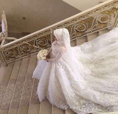 Hijab Wedding: Beauty muslim bride # peçe nikab n… Muslim Wedding Gown, Hijabi Wedding, Wedding Hijab Styles, Muslimah Wedding Dress, Muslim Wedding Dresses, Disney Wedding Dresses, Bridal Dresses, Dress Wedding, Islam Wedding