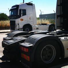#familiaruiz nos visita #leganes #camion #truck #nosvemosenlacarretera#patrocinado #thebackpack #nanodelarosa #outletgacela #bolsosazkona #bolsosgacela#thebackpack #wheels #road