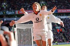 Diego Forlan Diego Forlan, Ruud Van Nistelrooy, Manchester United Images, Man Utd News, Association Football, Man United, Liverpool, The Unit, Goals