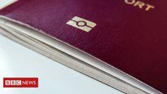 US senators say US border control hasn't been using the right software to verify e-passports.