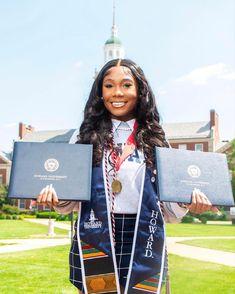 Nursing Graduation Pictures, Grad Pictures, Graduation Picture Poses, Graduation Photoshoot, Grad Pics, Graduation Ideas, Senior Pics, Senior Year, Glam Photoshoot