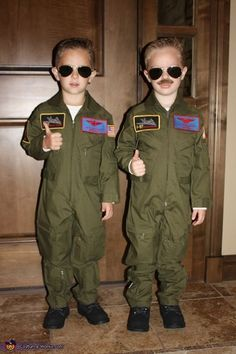 Maverick and Goose - Halloween Costume Contest via . Crowell I found Mav's costume for this year! Clown Halloween Kostüm, Halloween Costumes Kids Boys, Twin Halloween, Hallowen Costume, Halloween Costume Contest, Toddler Costumes, Boy Costumes, Costume Ideas, Halloween Costumes With Mustaches
