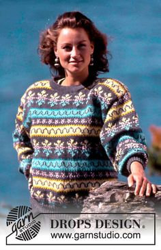 """DROPS 19-13 - DROPS jumper with pattern borders in """"Karisma"""". Ladies and Men's size S – L. - Free pattern by DROPS Design"""